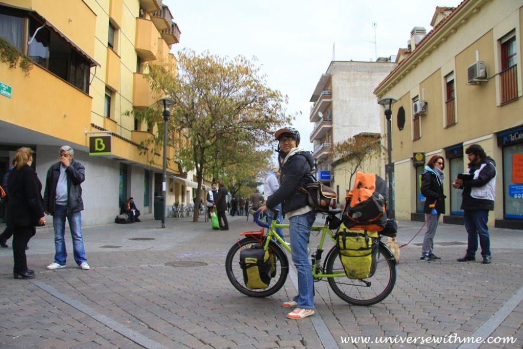 유럽 자전거 여행 시작 (비행기 타고 이집트에서 스페인으로 감)